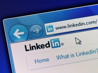 Take the Pulse: 8 Ways to Hack LinkedIn's New Content Algorithm