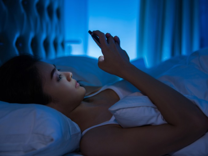 How Blue Light Affects Sleep Deprivation
